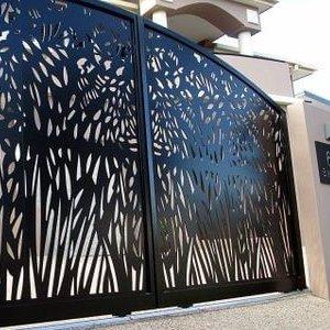 Металлические дизайнерские ворота в Краснодаре